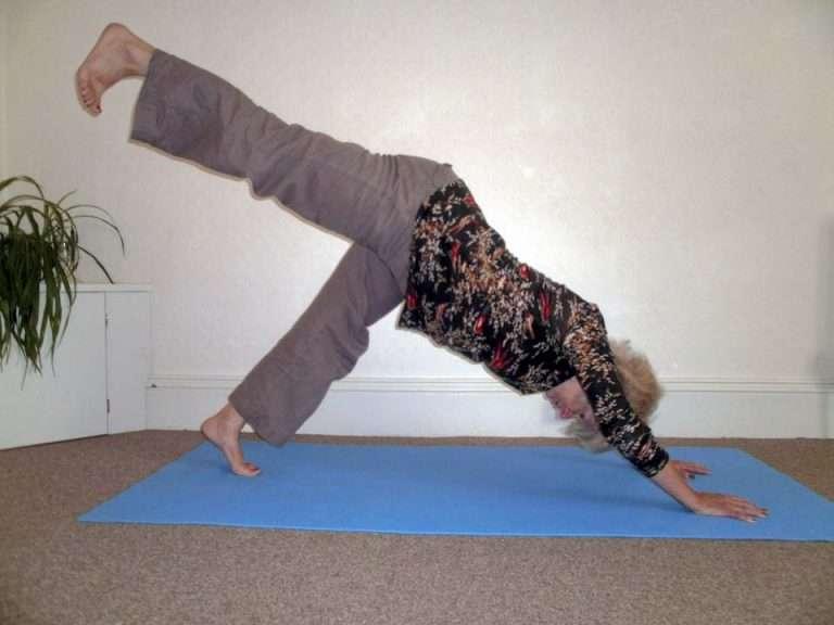 sharon-dow-yoga-holcombe